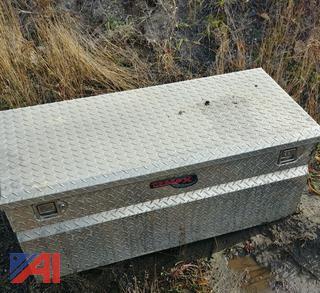 (#8) TrailFX Slide-In Tool Box for Pickup