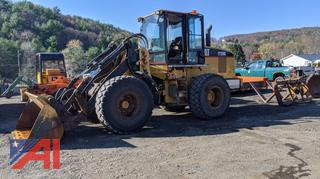 1999 Caterpillar IT28G Loader