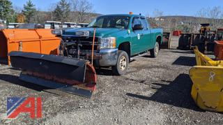 2009 Chevy Silverado 2500HD Pickup Truck & Plow