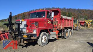 1999 International Paystar 5000 Dump Truck