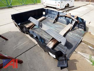 Plastic Under Rail Ford 8' Bed Liner