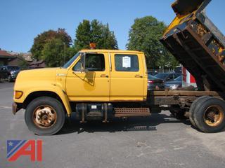 1998 Ford F800 Crew Cab Dump Truck