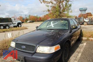 2001 Ford Crown Victoria 4 Door Sedan