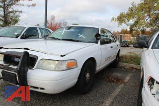 2011 Ford Crown Victoria 4 Door Sedan