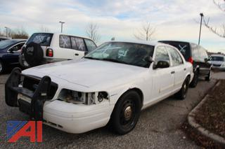 2010 Ford Crown Victoria 4 Door Sedan