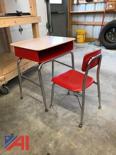 Adjustable Elementary Student Desk and Chairs