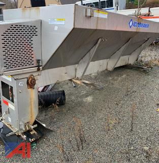 (#7) 2006 Ice Breaker Stainless Steel 3 Yard Salt Spreader