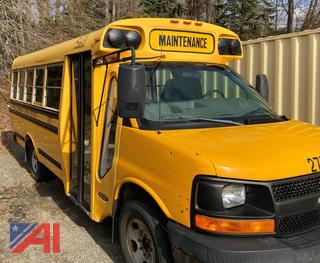 (#277) 2005 Chevy G3500 Express Mini School Bus (Parts Only)