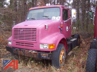 1990 International 7100 Cab & Chassis