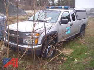 2005 Chevy Colorado Pickup Truck with Cap