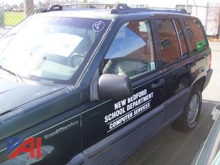 1995 Jeep Grand Cherokee SE SUV