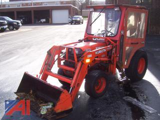 2003 Kubota B2410HSD Tractor