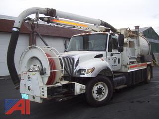 2003 International 7400 Vac Con Truck
