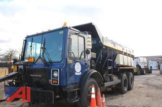 1996 Mack MR688S Sander Truck