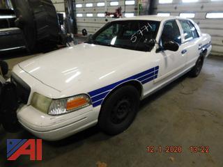 (#5771) 2001 Ford Crown Victoria 4 Door/Police Interceptor