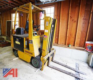 Tow Motor M-50 36V 5000 lb. Forklift