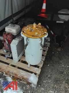 (#15) 10 Gallon Pressure Tank