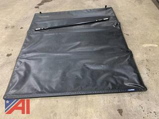 (#6) Lund Tri-fold Bed Cover