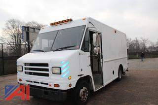 2001 International/Navistar Kurbmaster 1652 Van