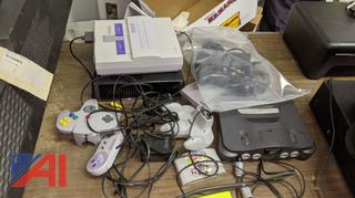 Nintendo Games & Controller