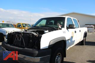 2004 Chevy Silverado 2500HD Crew Cab Pickup Truck