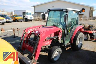 2010 Massey-Ferguson 1635 Enclosed Tractor