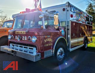 (#R28) 1982 Ford C8000 Fire/Rescue Truck