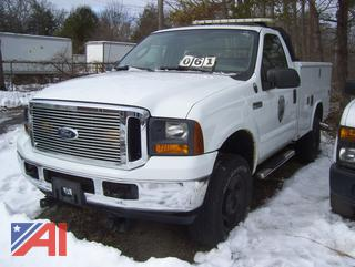 2005 Ford F350 XL Super Duty Utility Truck