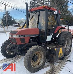 1995 Case 1052 Tractor with Attachments