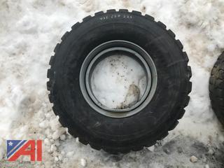 425/65R22.5 Tire