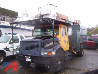 1990 International 4700 Tree Truck