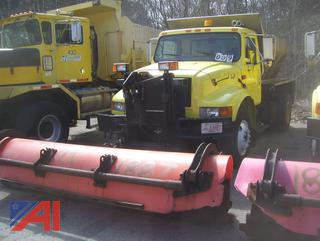 2000 International 4900 Sander Truck with Plow and Sander/E#200011