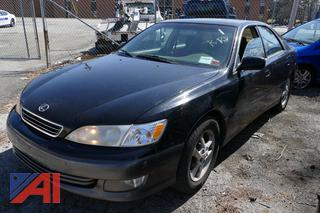 (#1) 2000 Lexus ES 300 4 Door Sedan