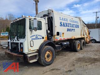 2005 Mack MR688S Garbage Truck