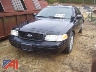 2011 Ford Crown Victoria 4 Door Sedan/Police Interceptor