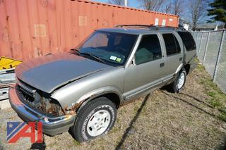 (#1) 1999 Chevy Blazer SUV