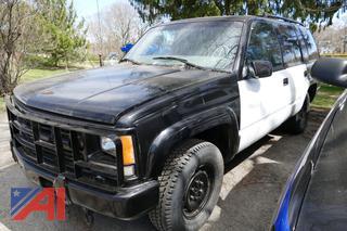 (#1) 2000 Chevy Tahoe SUV/Police Vehicle