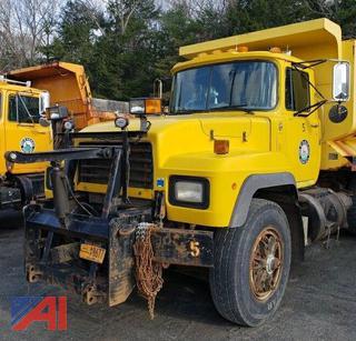1997 Mack RD690P Dump Truck