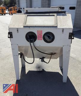 Central Pneumatic 94274 Dual Door Blast Cabinet