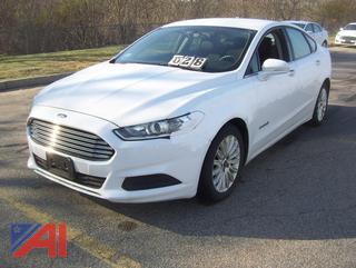 2014 Ford Fusion SE Hybrid Sedan