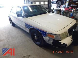 (#5770) 2011 Ford Crown Victoria 4 Door/Police Interceptor