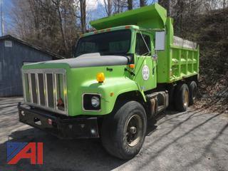 2001 International 2674 Dump Truck