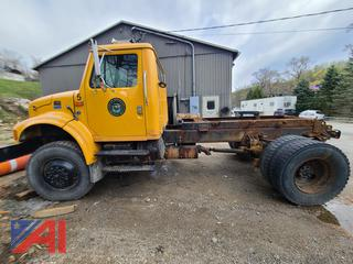 1999 International 4800 Cab & Chassis Truck