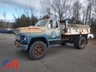 (#22) 1991 Ford F700 Dump Truck