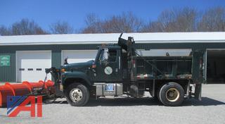 (#1) 2000 International 2574 Dump Truck with Plow, Wing and Sander