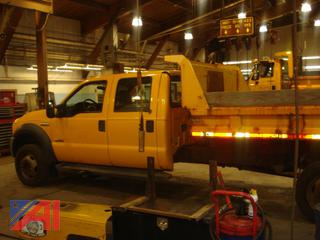 2006 Ford F550 Crew Cab Pickup Truck with Dump