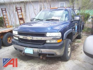 2002 Chevy Silverado 2500HD Utility Truck