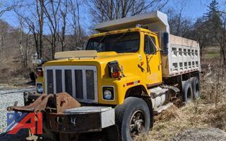 1986 International F2574 Benson Dump Truck