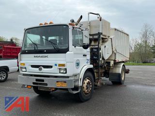 2000 Mack MS300P Vac Truck