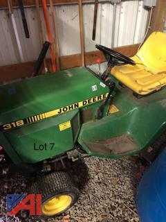 John Deere 318 Lawnmower